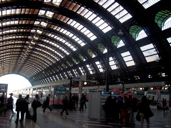 train-station-in-florence